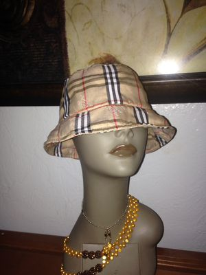 Burberry Hat for Sale in Pittsburgh, PA