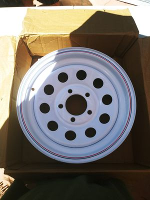 """15"""" white tire rim for Sale in Hemet, CA"""