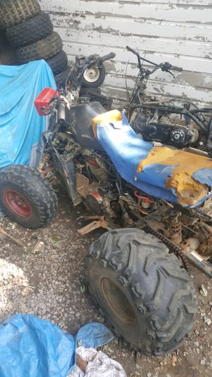 Honda runs rides with parts quad for Sale in Elyria, OH
