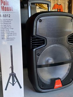 "12""WOOFER-5800 WATTS/Bluetooth-Fm radio (DELIVERY SERVICE AVAILABLE) ( MICROPHONE & CONTROL FOR KARAOKE ! ) (MICRÓFONO Y CONTROL INCLUIDO) for Sale in West Covina,  CA"