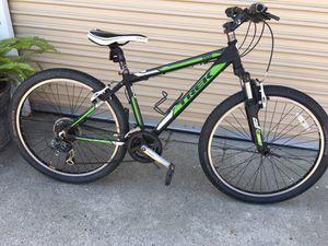 "Trek bike 17 "" inches frame for Sale in South Gate, CA"