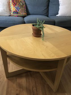 Great Coffee Table In Perfect Condition for Sale in Brooklyn,  NY