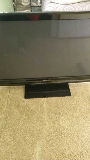 "36"" Panasonic TV for Sale in Bothell, WA"