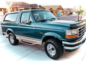 🎁$12OO 🔥Non Smoker🔥 1996 Ford Bronco🎁 for Sale in Aurora, CO