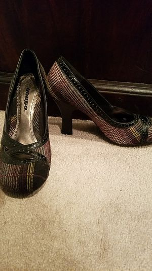 Size 7 Classy Purple, Black and Gold Heels for Sale in Sudbury, MA