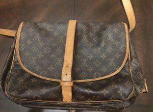 Louis Vuitton Cross body / Shoulder Bag for Sale in Las Vegas, NV