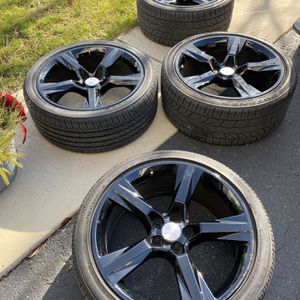 Camaro SS Wheels & Tires for Sale in Romeoville, IL