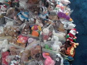 Beanie babies 162 small 14 large for Sale in Rockville, MD