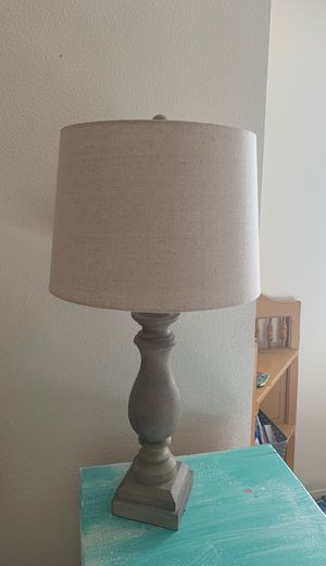 Antique Cream Livy Table Lamp for Sale in San Diego, CA