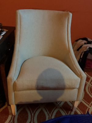 Off white bluish high back chair for Sale in Millersville, MD