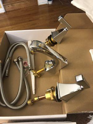 Bathroom faucets Chrome for Sale in Dallas, TX