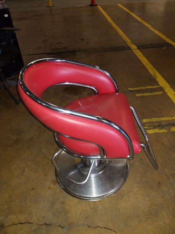 Salon Chair