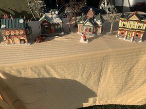Villa navideña for Sale in Montebello, CA