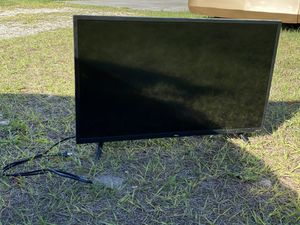 "32"" LED Smart TV (TCL Roku TV) for Sale in Spring Hill, FL"