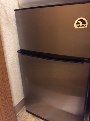 Mini fridge with freezer for Sale in Portland, OR