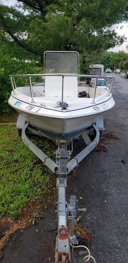 19' BAYLINER AND 5⭐⭐⭐⭐⭐TRAILER FOR SALE for Sale in Capitol Heights,  MD