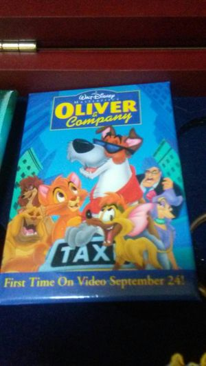 Disney movie pin release of Oliver and September 24th 92 price for Sale in Chesapeake, VA