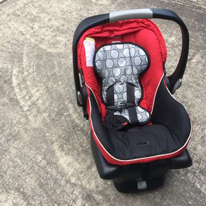 Britax infant car seat for Sale in Houston, TX