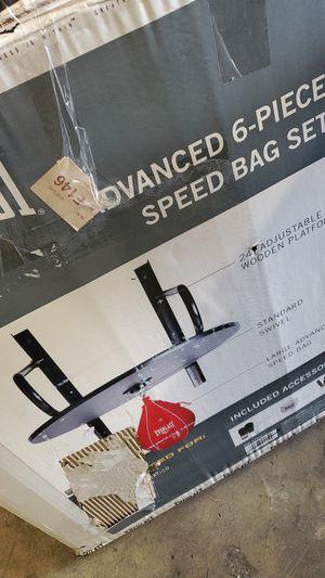 Everlast Advanced 6 piece speed bag set for Sale in Riverside, CA