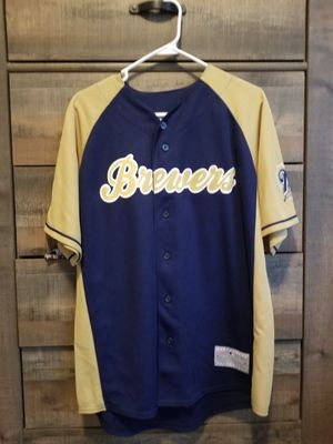 Milwaukee Brewers Jersey. for Sale in Marquette, MI