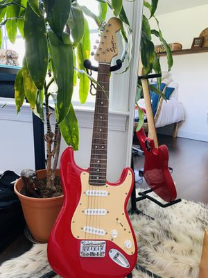 Squier Mini Fender Stratocaster v2 Electric Guitar - Torino Red for Sale in Willow Springs, NC