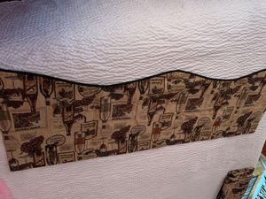 Home collection jc penny kitchen curtains for Sale in Philadelphia, PA