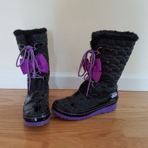 Jojo Siwa girls winter boots size 6 for Sale in Southington, CT