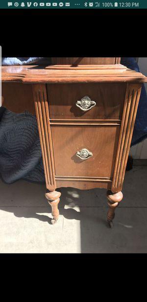 Vintage Vanity desk for Sale in San Diego, CA