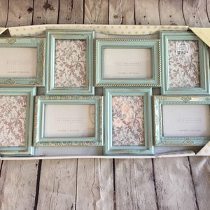Picture collage frame for Sale in Moreno Valley, CA
