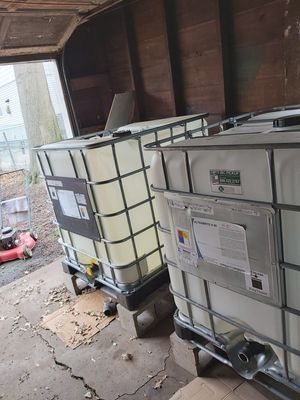 250 gallon industrial containers for Sale in West Haven, CT