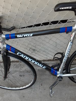 Cannondel icycle road bike for Sale in Los Angeles, CA