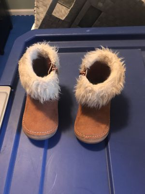 Toddler girls size 4 boots for Sale in Rochester, MN