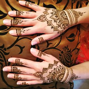 Henna for private appointments and events! for Sale in Long Beach, CA
