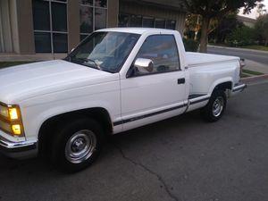 Chevy Silverado 92 for Sale in Fresno, CA