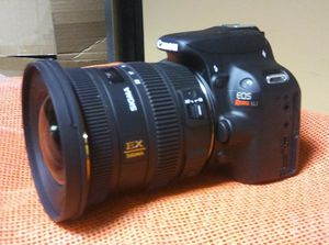 Sigma EX Wide-Angle Zoom Lens for Canon EF - 10mm-20mm - F/3.5 for Sale in Nashville, TN