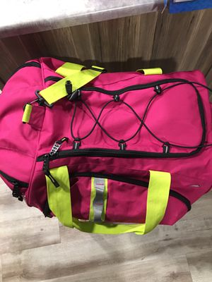 High Sierra duffle bag for Sale in Seattle, WA
