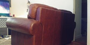 Brown leather love seat for Sale in Campbell, CA