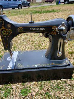 vintage coronado sewing machine for Sale in Mesquite,  TX