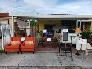 Garage Sale Open Late for Sale in Miami, FL