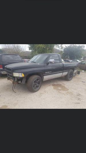 2004 Dodge Ram 1500 v6 Motor for Sale in Pharr, TX