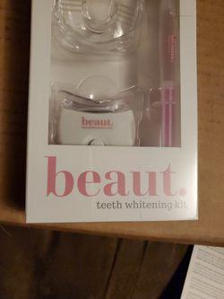 beaut. teeth Whitening Kit. for Sale in Fairmont,  WV