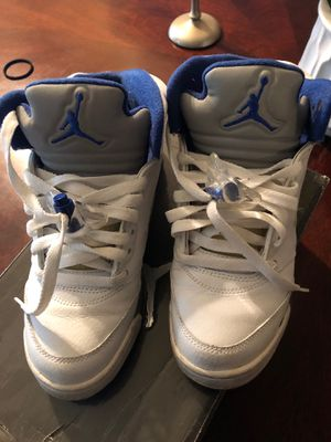 Jordan Retro 5 size 4.5y for Sale in Miami, FL