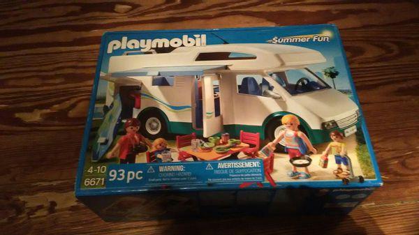 Playmobile. Camper van