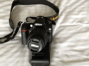 NIKON D7000 digital Slr camera AF-s NIKKOR 1:3.-5.6G lens for Sale in Collegedale, TN