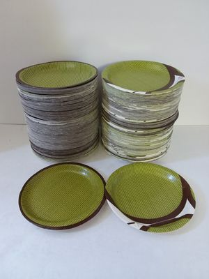 1000 Green Dot Round Paper Plates for Parties, Birthdays, Showers, Events & Special Occasions for Sale in Jacksonville, FL