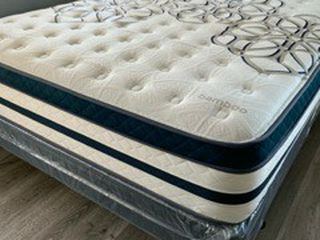 Queen Plush Comfort Bamboo Europillow Top MATTRESS for Sale in Bellflower,  CA