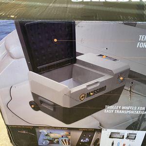Massimo cx-30 cooler (Camping mini fridge , RV mini fridge, boat cooler) for Sale in Carson, CA