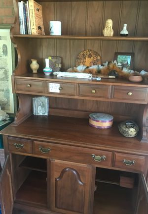 Early American Maple/ Hatch Book self for Sale in Western Springs, IL