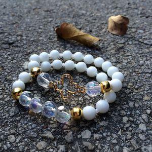 White Braceletset for Sale in Hialeah, FL