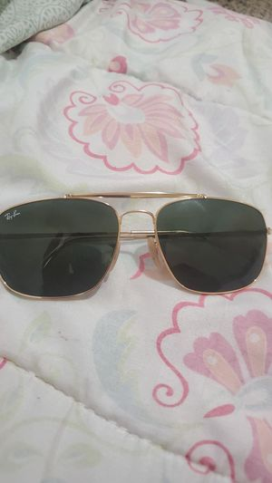 Rayban sun glasses gold frame for Sale in Prineville, OR